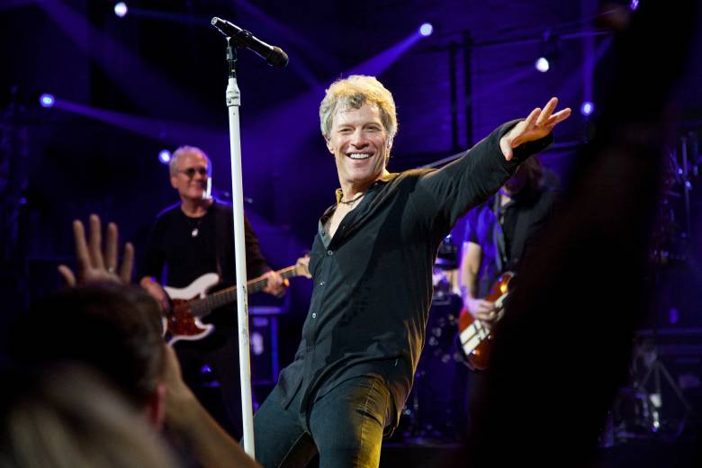 Review: Bon Jovi gets crowd amped with 15 new songs at NYC's Barrymore Theatre – News – NorthJersey.com