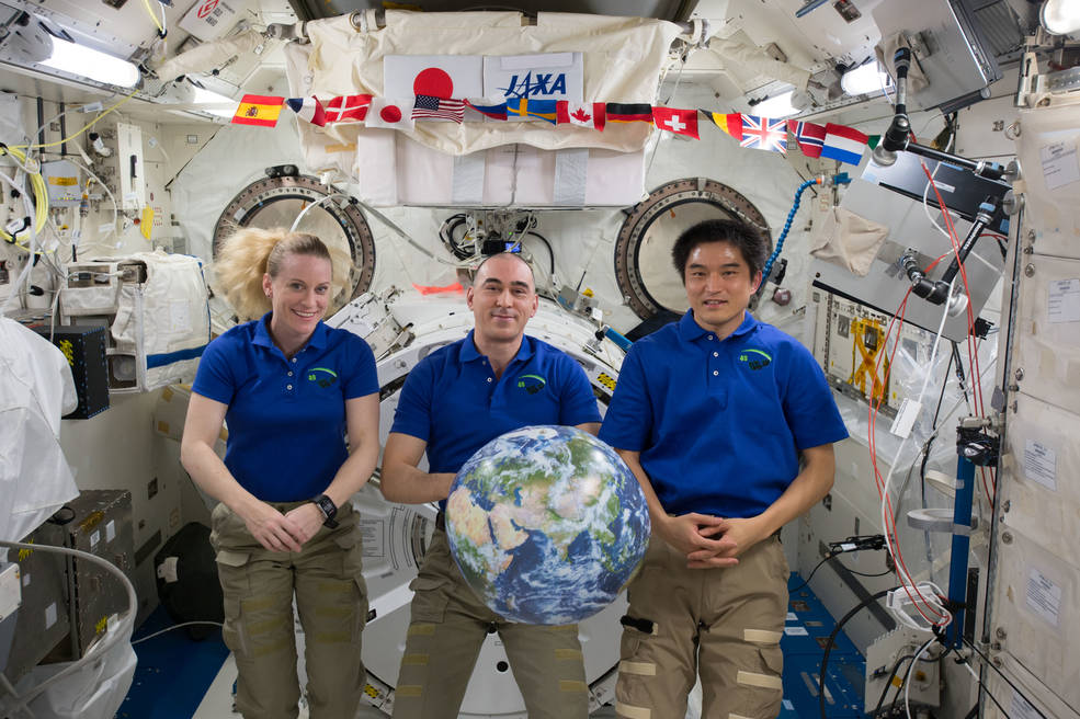 NASA Television to Air Return of Three Space Station Crew Members