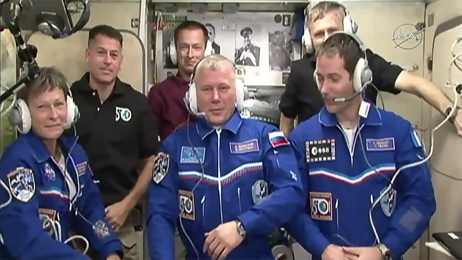 International Space Station / Welcome Aboard! New Arrivals Make Six Expedition 50 Crew Members