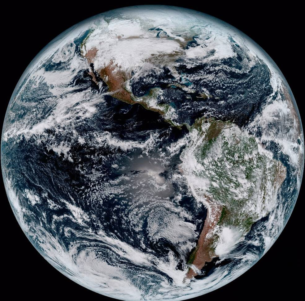 NASA / NOAA's GOES-16 Satellite Sends First Images to Earth